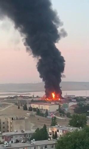 Пожежа на фабриці в Баку