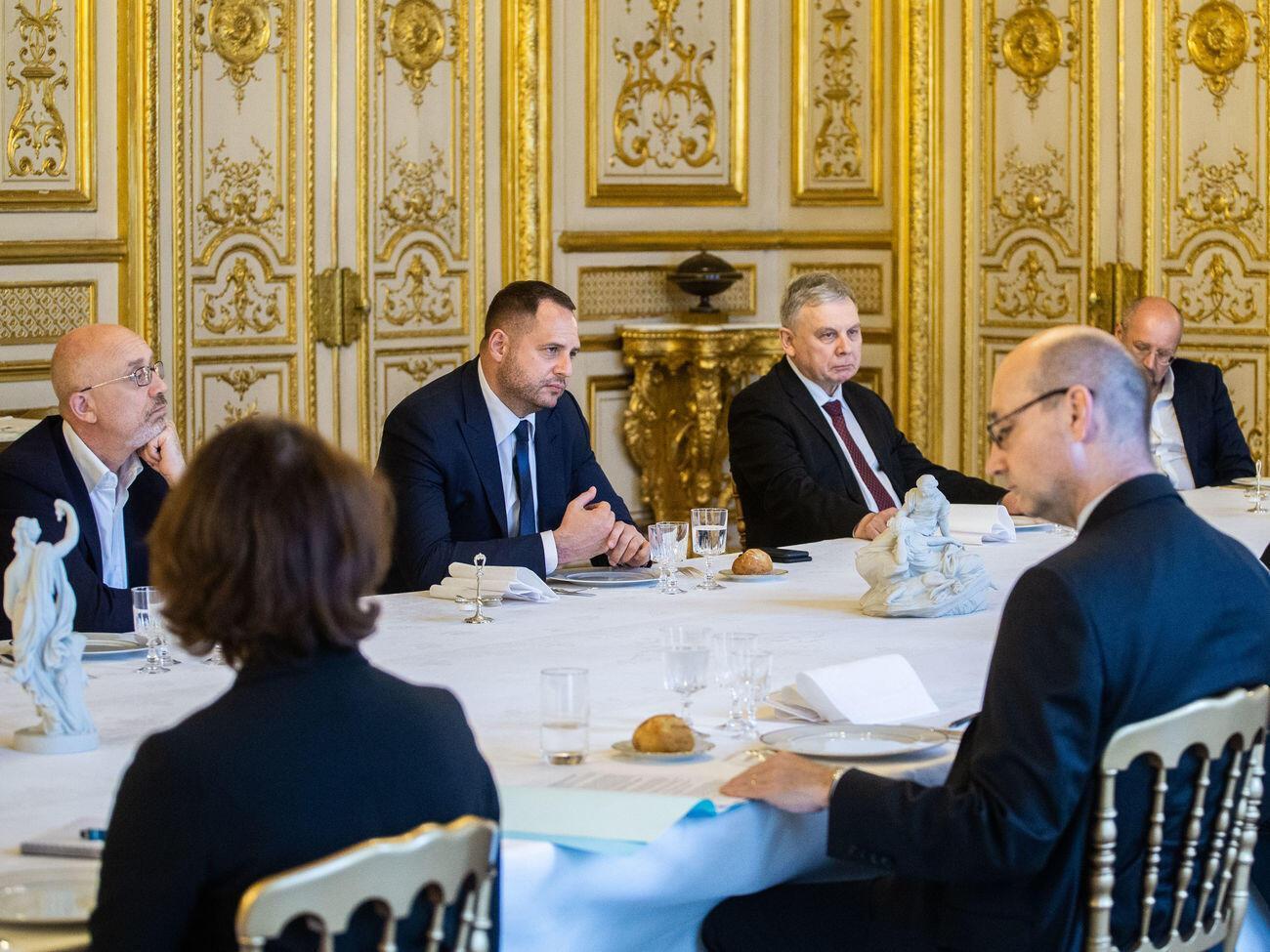 Украинская делегация в Берлине на переговорах по Донбассу