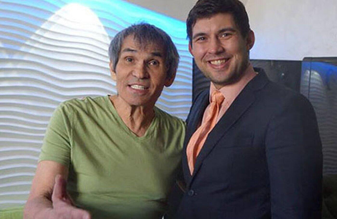 Бари Алибасов с сыном
