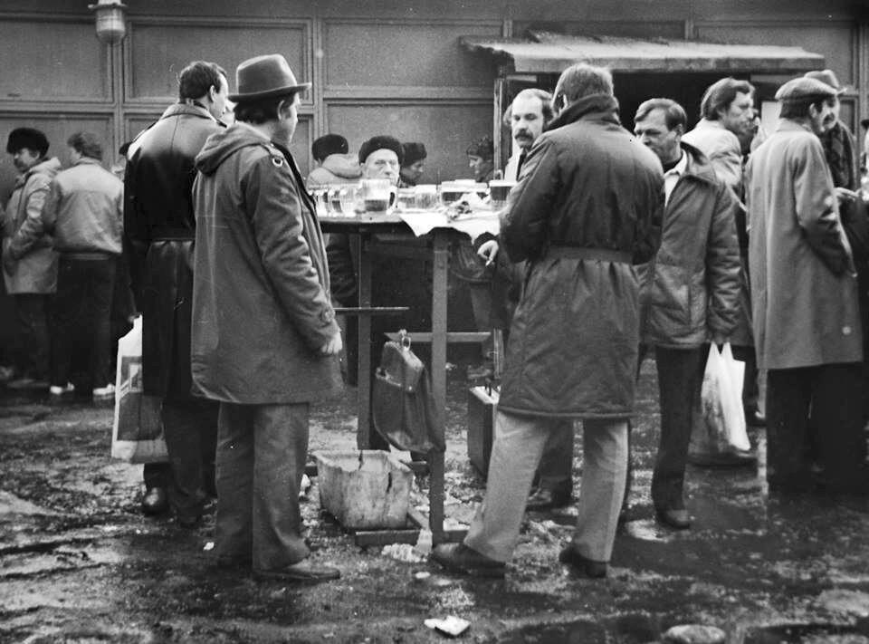 Почему в СССР мужчины плохо выглядели и быстро старели: блогер рассказал правду