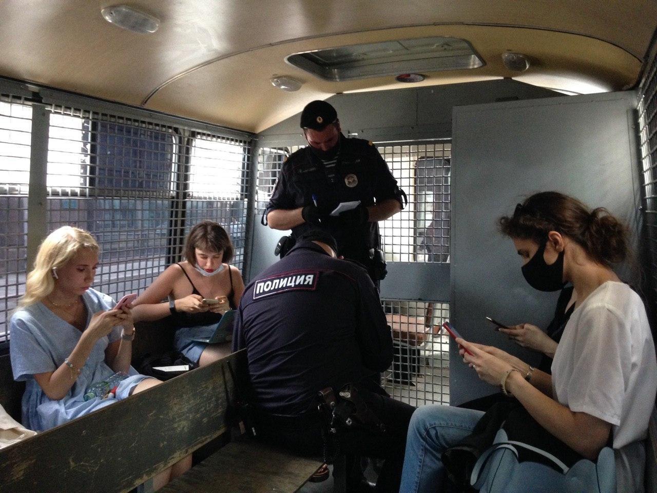 Затримання журналістів у Москві