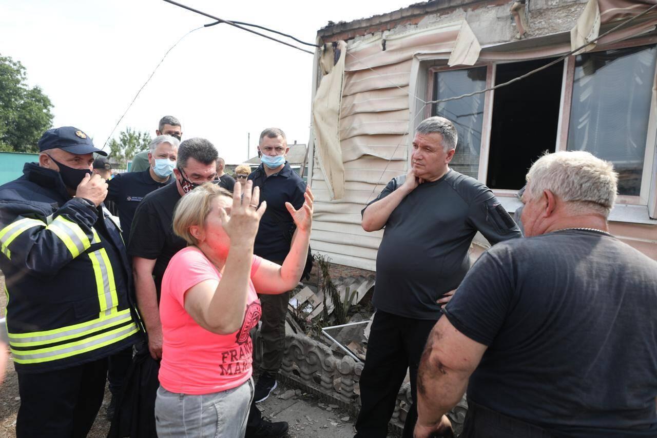Пожежі на Луганщині забрали життя п'ятьох людей: у ліквідації задіяли авіацію. Фото та відео