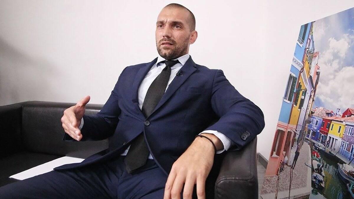 Керівник слідчої групи ДБР Олег Корецький