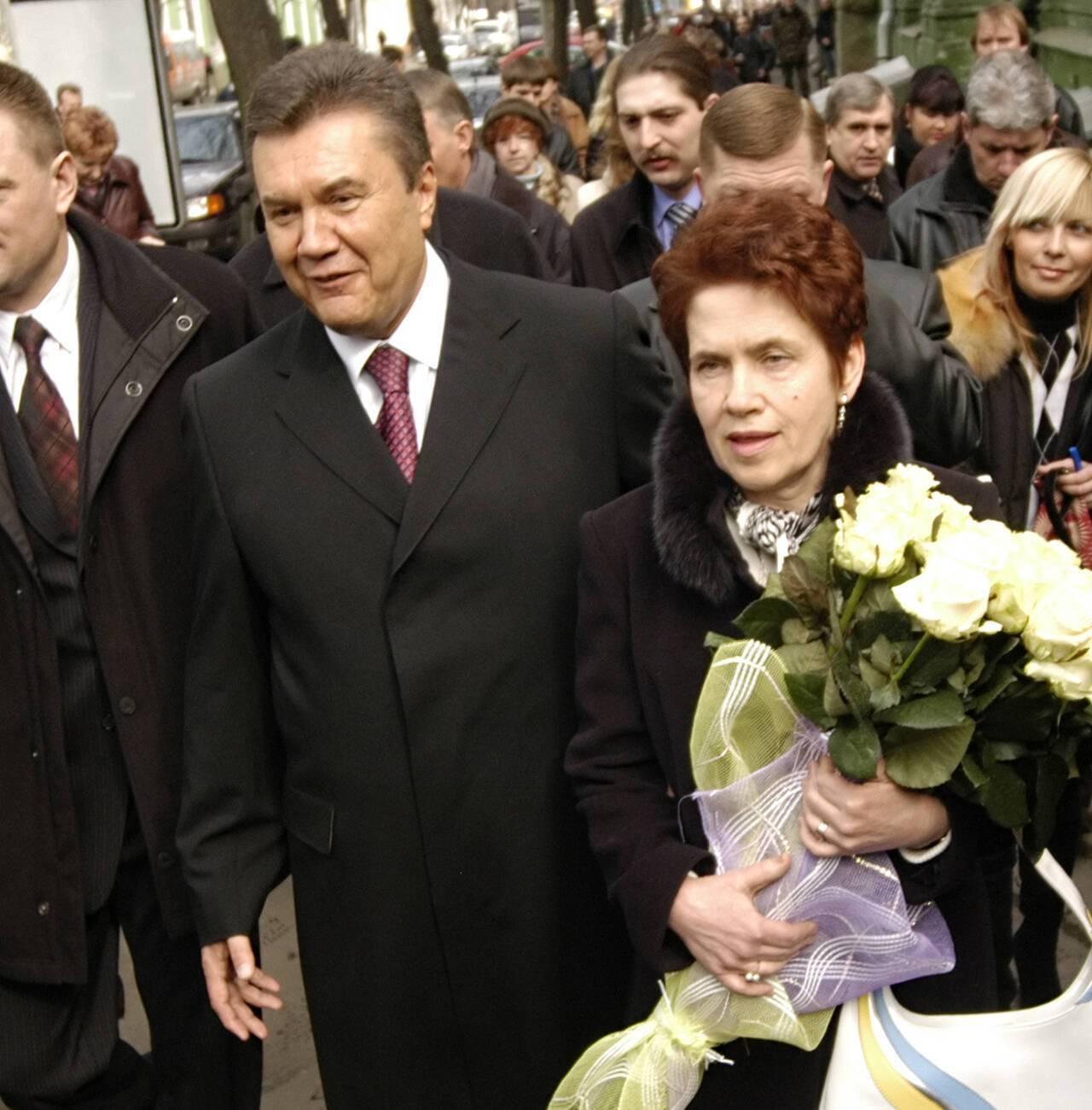 Віктор Янукович з дружиною