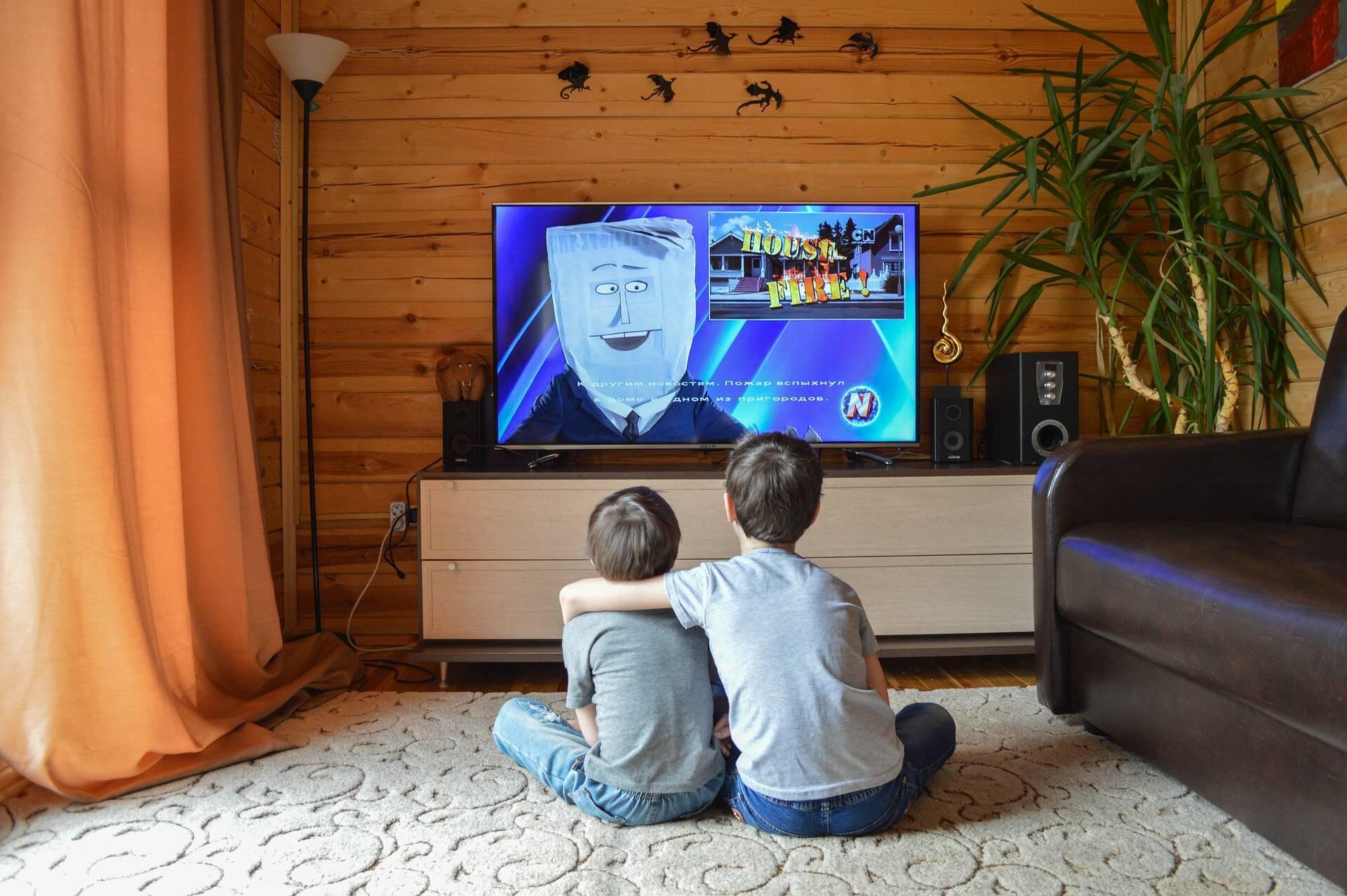 Смотрите с детьми любимые фильмы