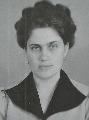 Людмила Янукович в молодості
