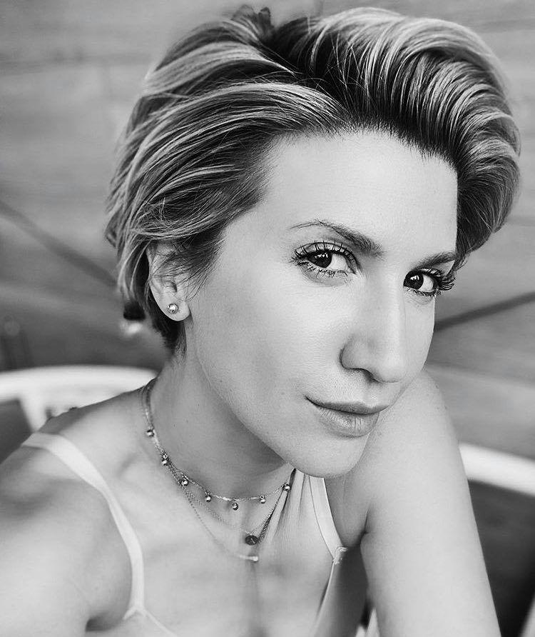 Звездный тренер Анита Луценко.