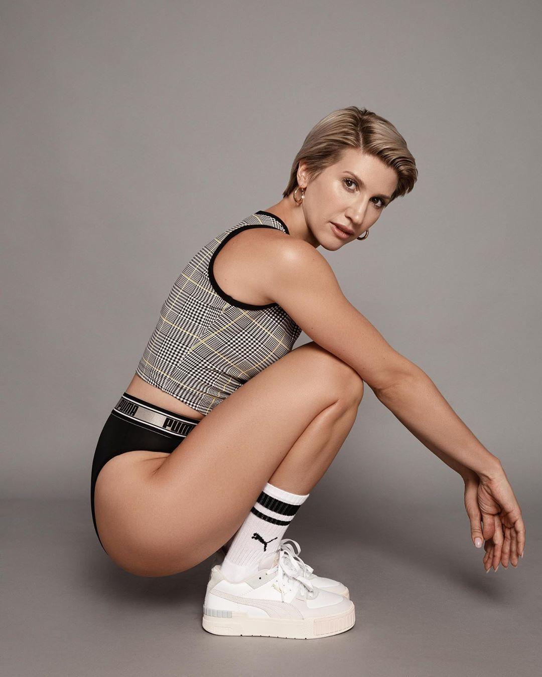 Тренер Анита Луценко рассказала, как правильно худеть.