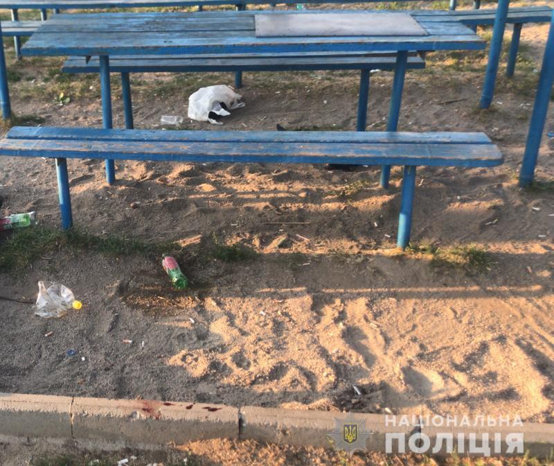 На Днепропетровщине рецидивист задушил парня на детской площадке