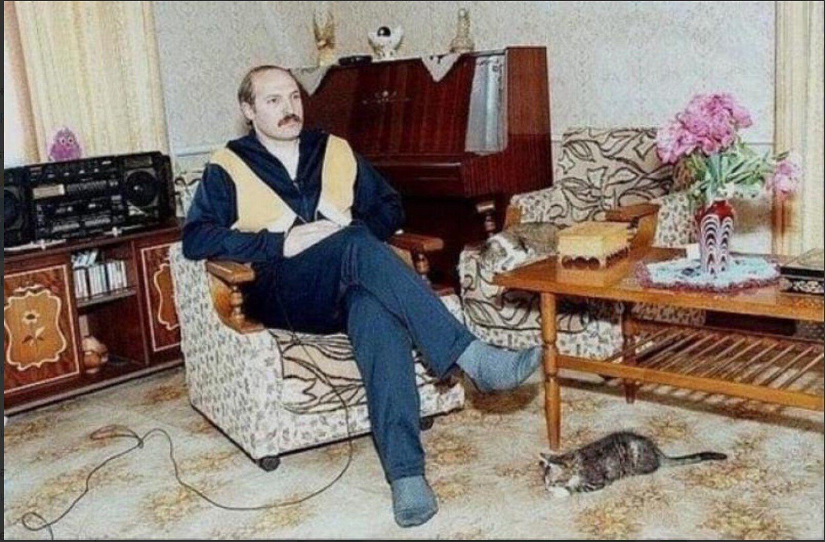 Александр Лукашенко в 80-х годах