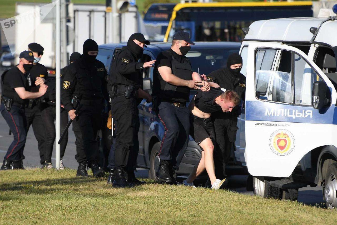 В Минске начались задержания