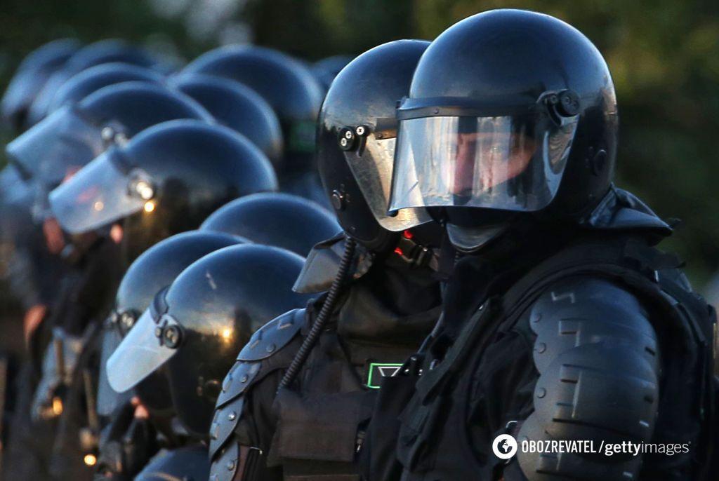 ОМОН на акциях протеста в Беларуси