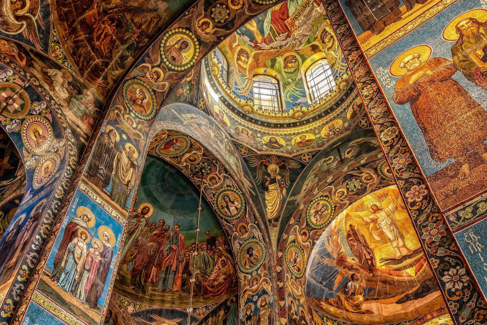 В Первый Спас в православных храмах проходят праздничные богослужения