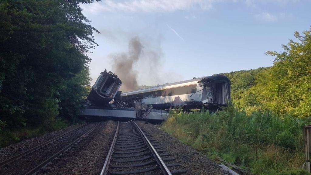 Авария поезда в Шотландии