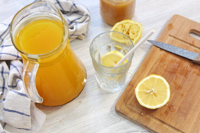 Літній медовий напій