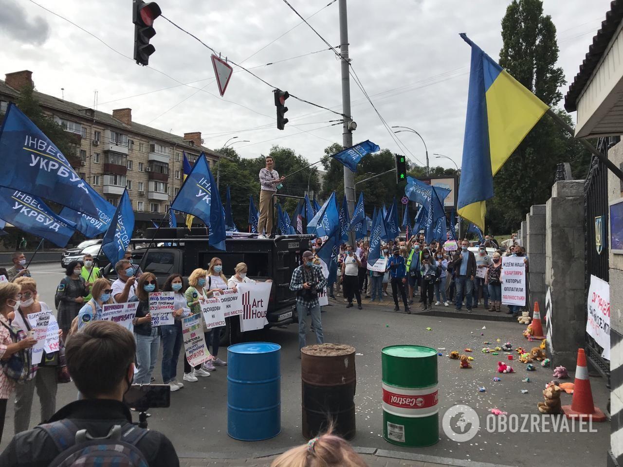 Протест инвесторов жилья возле КПП на Воздухофлотском проспекте