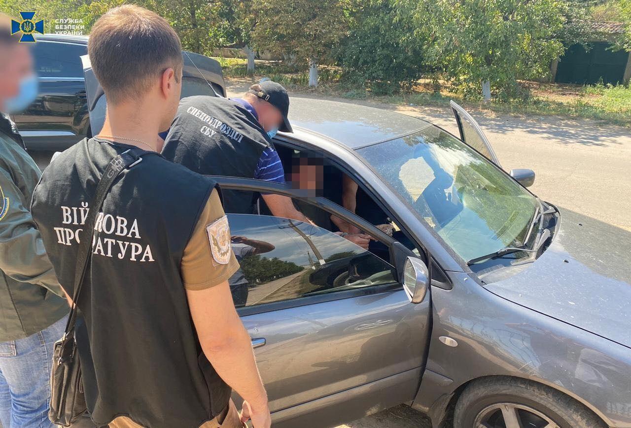 СБУ на Одещині спіймала прикордонників на сприянні контрабанді цигарок