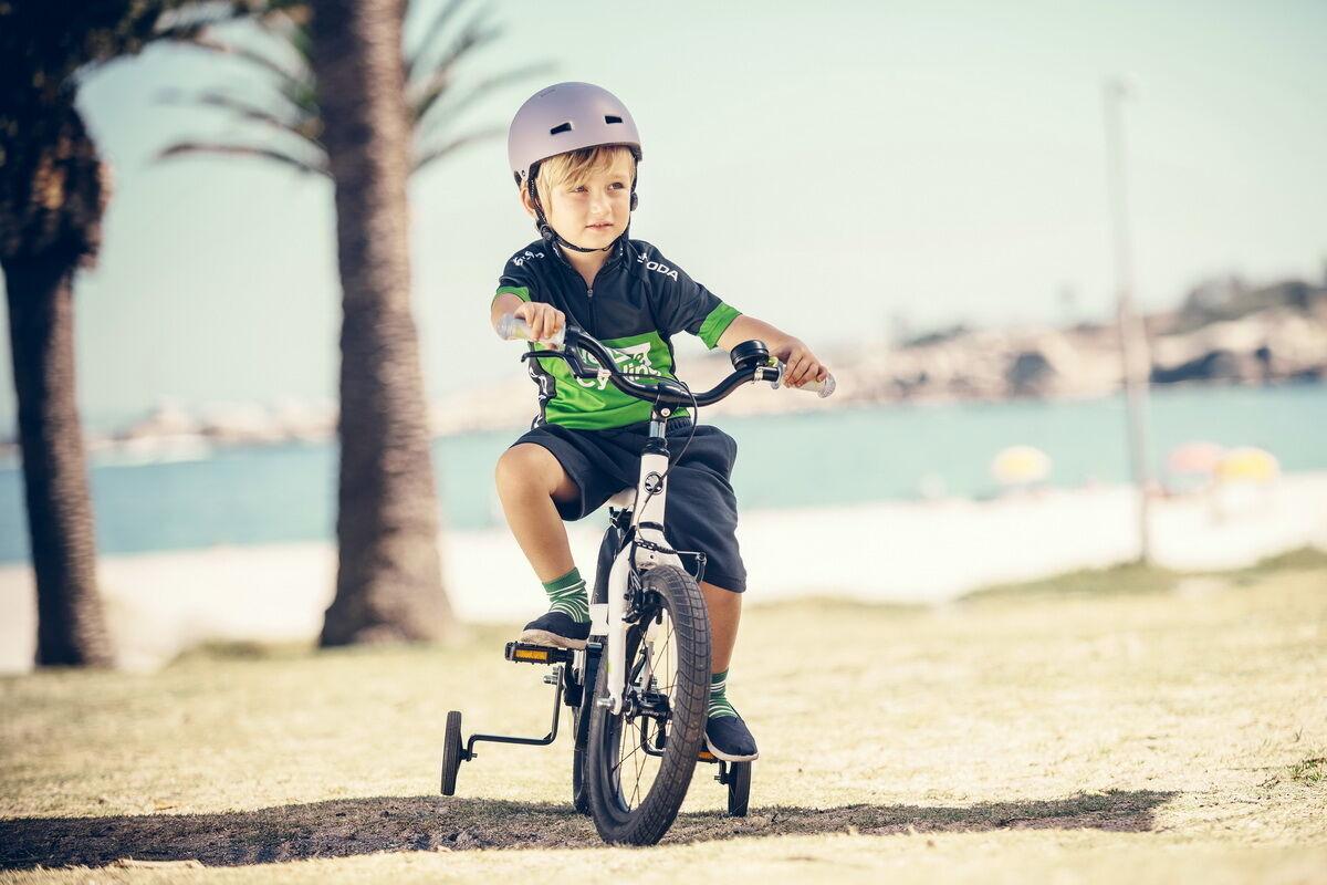 Skoda предлагает широкую гамму моделей велосипедов, в том числе, детских. Фото: