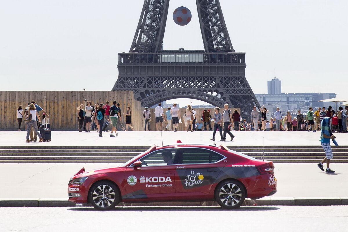 """Skoda является многолетним партнером велогонки """"Тур до Франс"""". Фото:"""