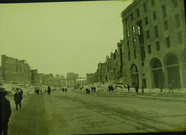 Крещатик в Киеве в года Второй мировой войны