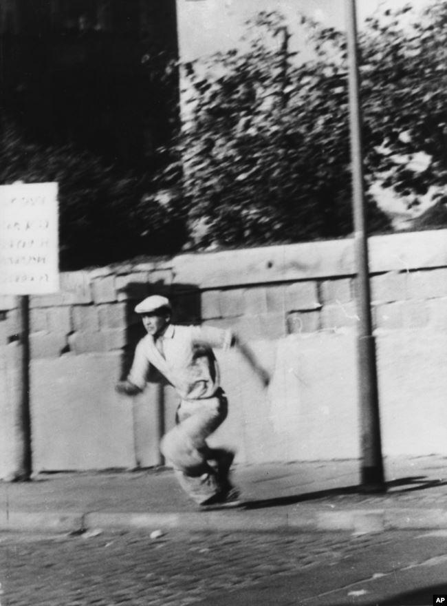 Перебежчик, октябрь 1961 года