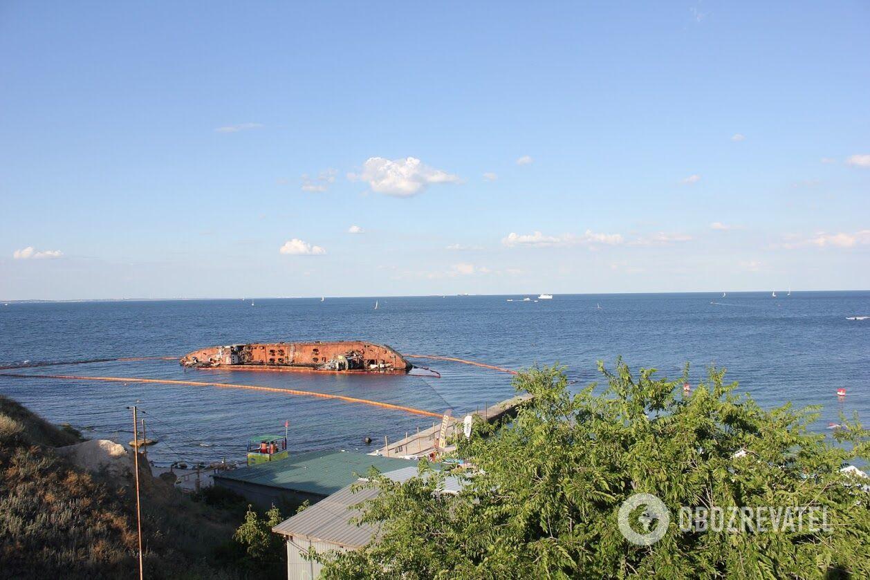 З цього тижня в Одесі почалася підготовка до евакуації затонулого танкера Delfi