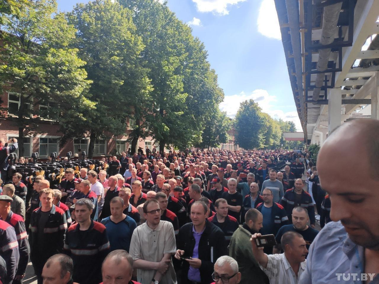 Забастовка ММЗ в Минске