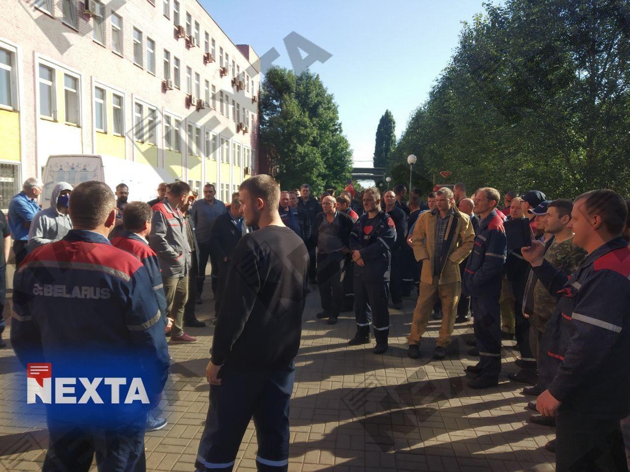 Рабочие бастуют в Минске