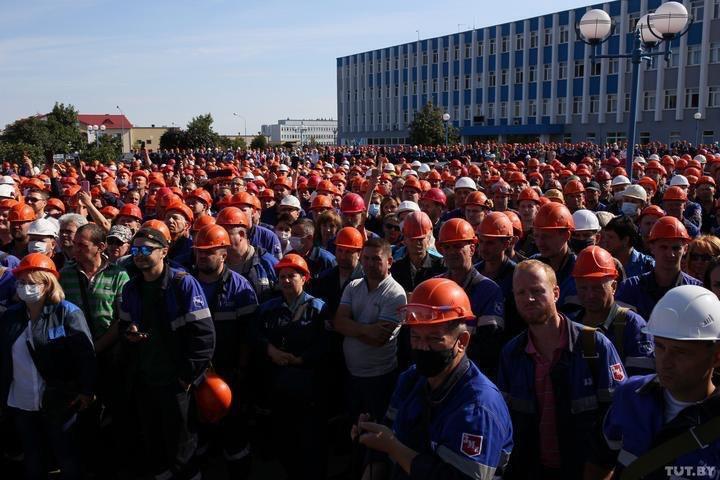 Забастовка на заводе в Беларуси