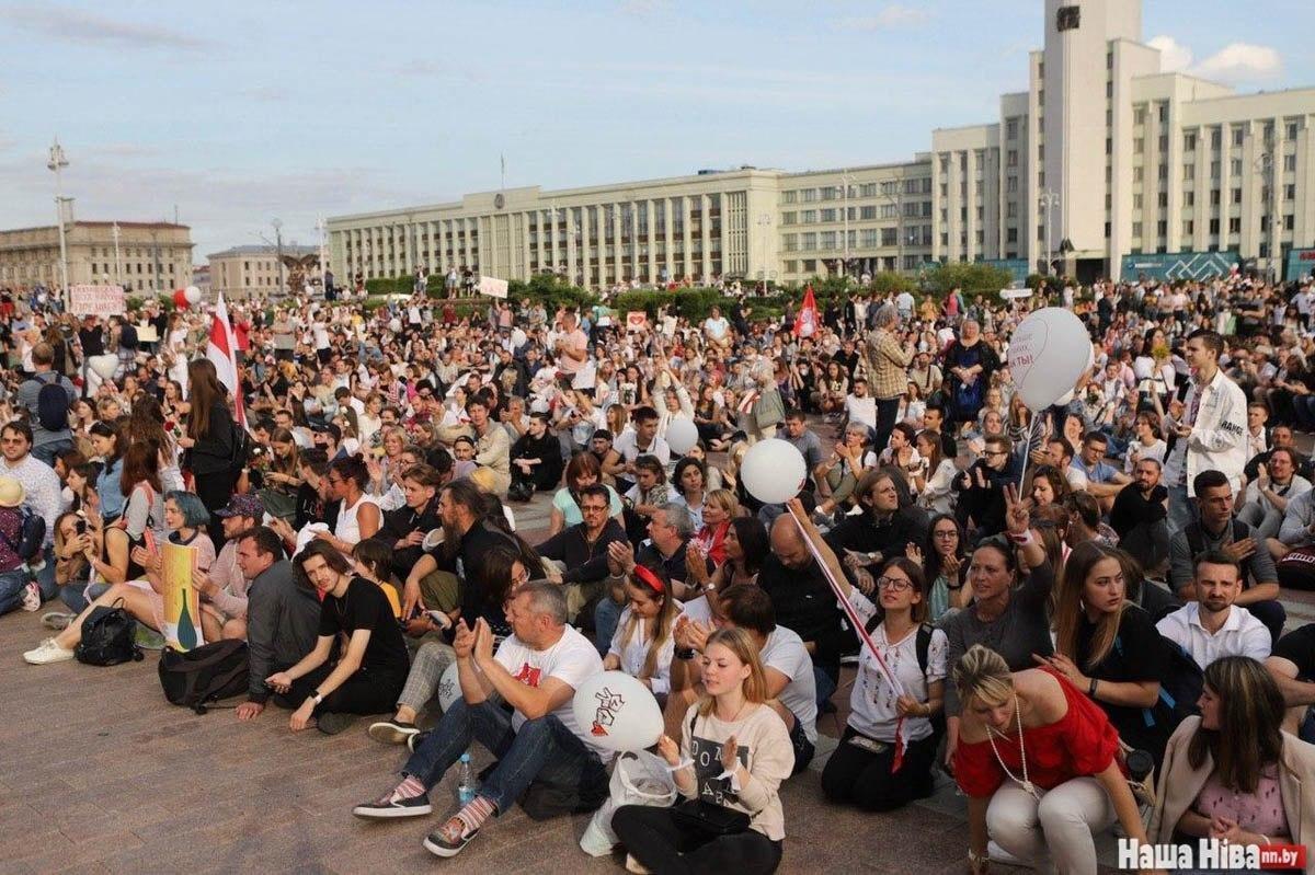 Акция на площади Независимости.