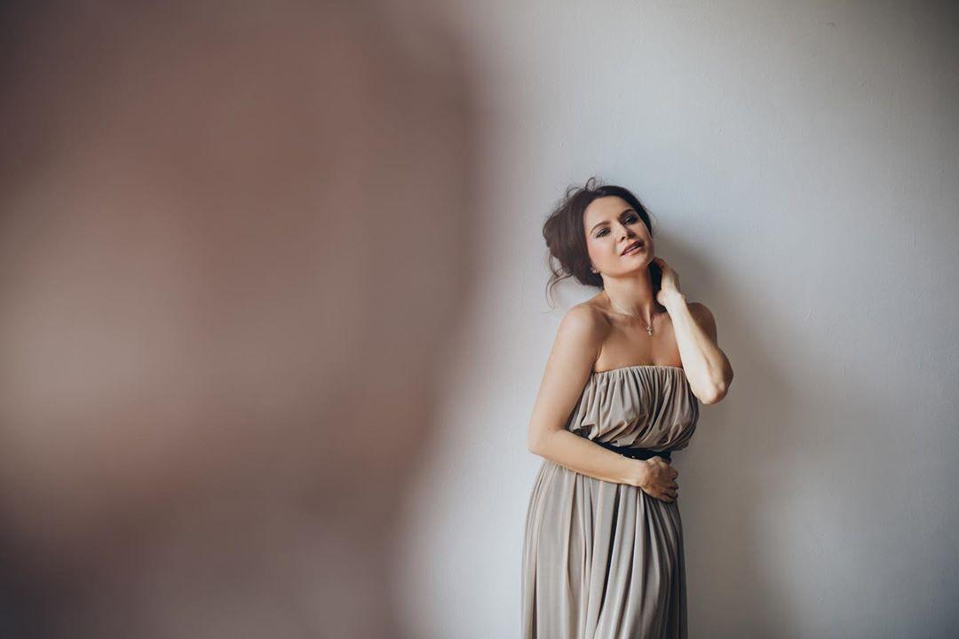 Лилия Подкопаева во время фотосессии