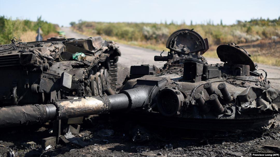"""Очевидці згадують: згори було дано команду """"не провокувати"""", тому у бронетехніці не було екіпажів, лише один механік-водій."""