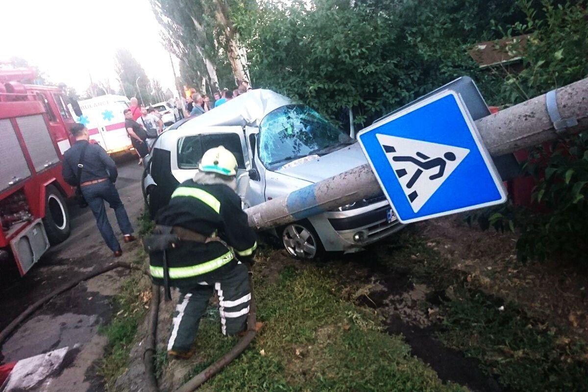 У результаті аварії постраждали двоє дорослих і двоє дітей