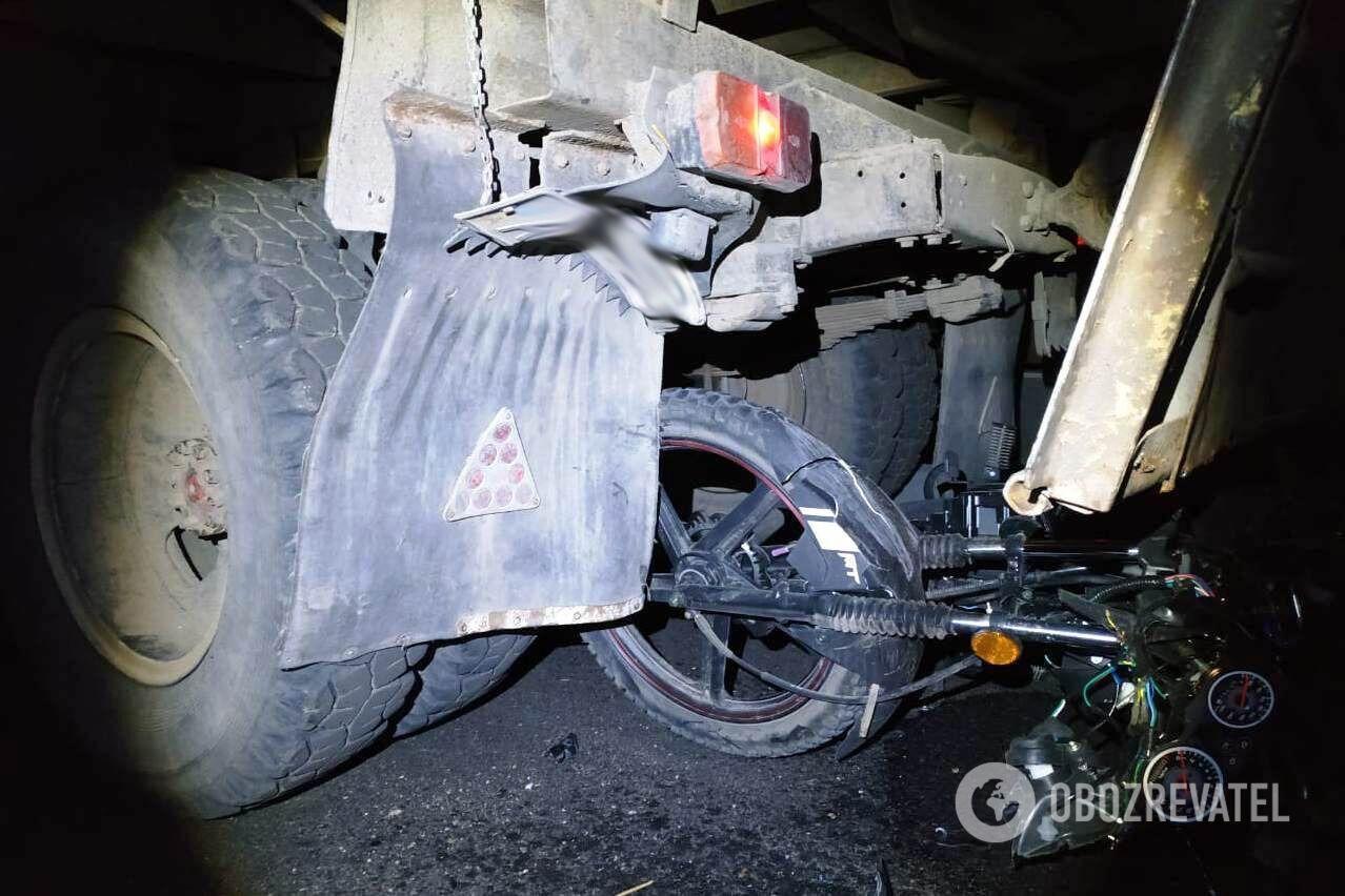 На Вінниччині внаслідок зіткнення з вантажівкою загинув 14-річний мотоцикліст