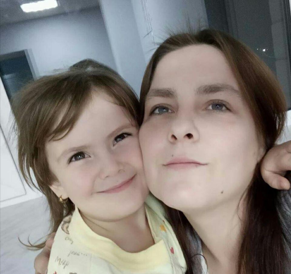 На Київщині зникла мама Аліна Созанська з донькою Анастасією, а також син Михайло