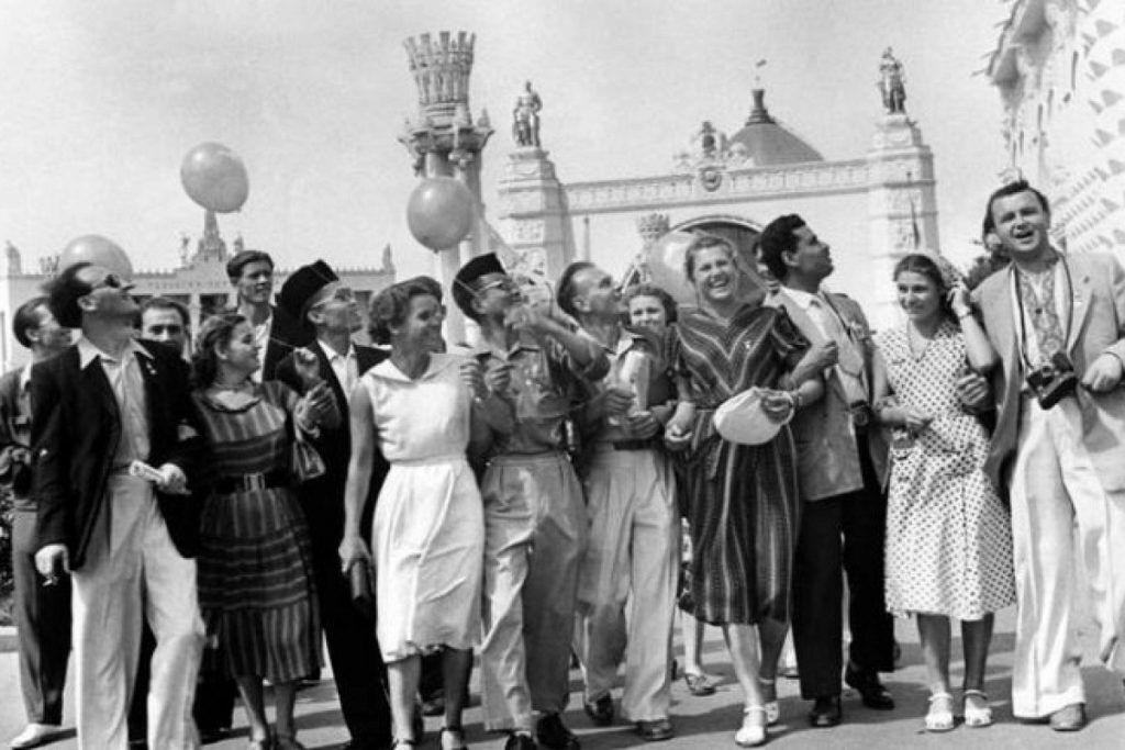У 1947 році в СРСР було видано закон про заборону шлюбів із іноземцями