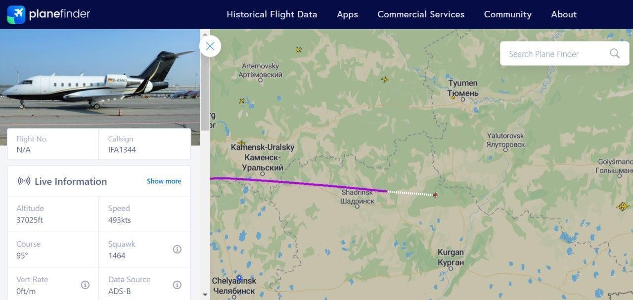 Літак, який вилетів за Навальним з Німеччини