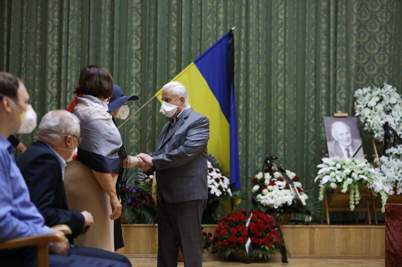Попрощатися з Борисом Патоном прийшов Леонід Кравчук