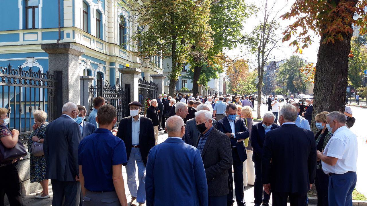 У Києві попрощалися з Борисом Патоном