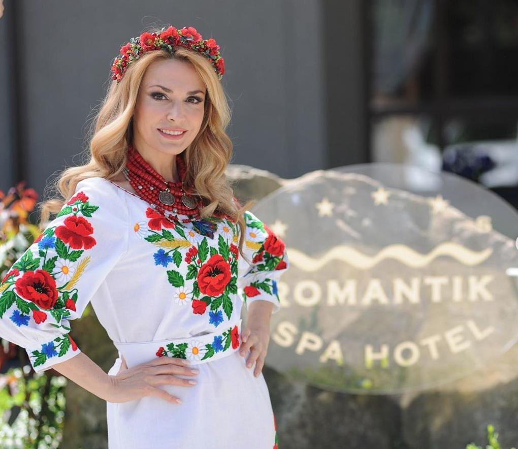 Ользі Сумській – 54: як виглядала в молодості українська легенда кіно