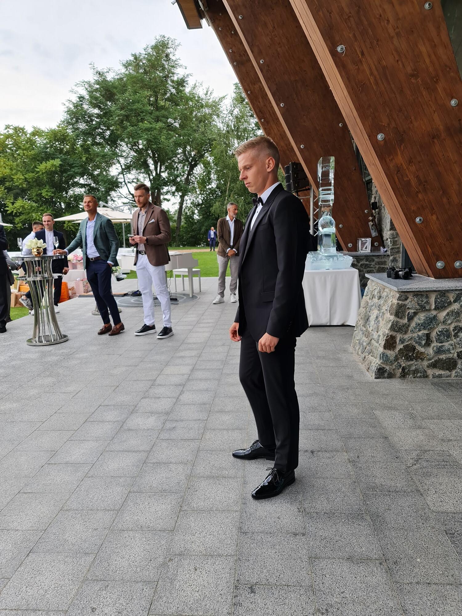 Олександр Зінченко на весіллі.