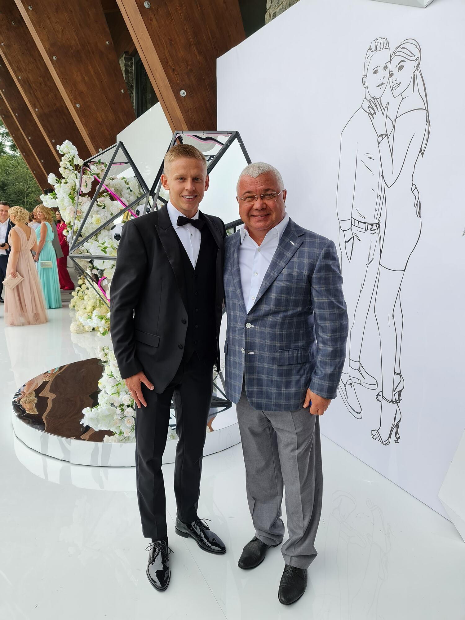 Олександр Зінченко запросив на весілля Юрія Сапронова (праворуч)