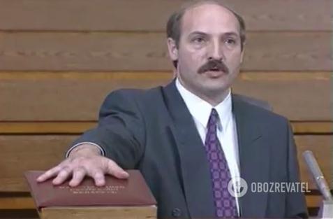 Лукашенко впервые присягает на верность белорусскому народу