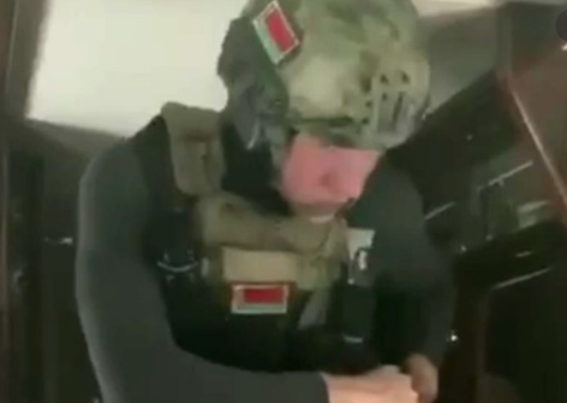 Син Лукашенка у військовому екіпіруванні викликав ажіотаж у мережі