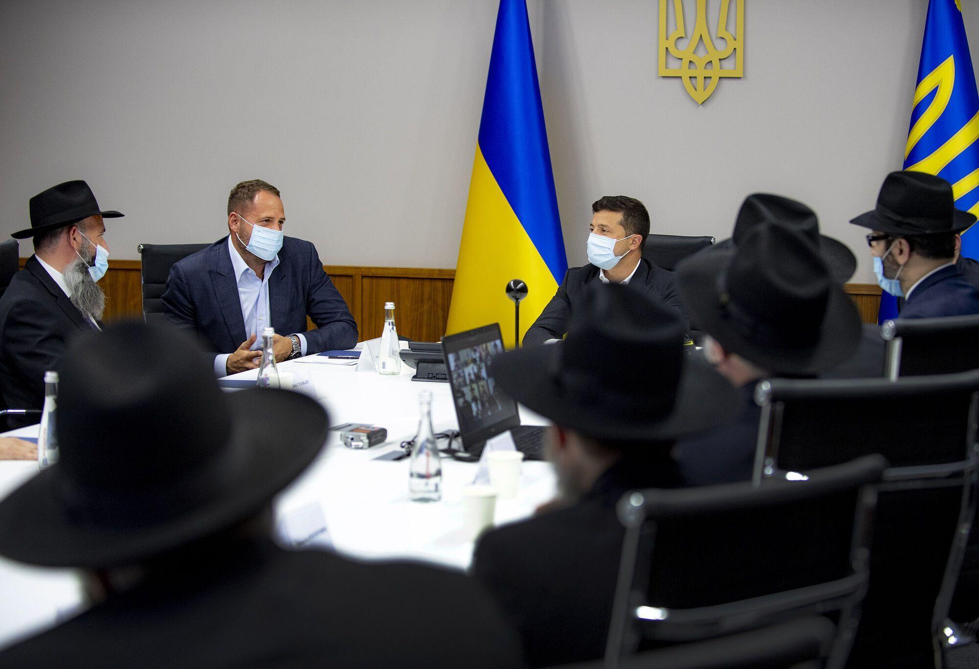 Украина ограничит въезд для паломников