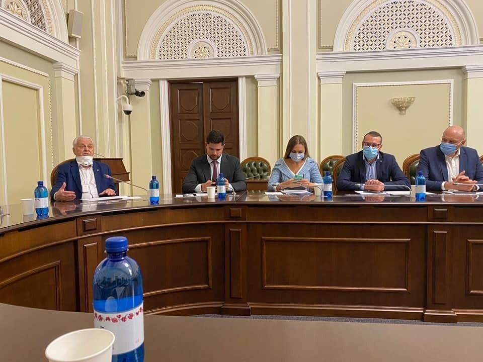 Встреча комитета по вопросам организации государственной власти с Леонидом Кравчуком и членами ТКГ