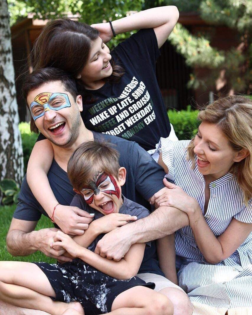 Владимир и Елена Зеленские с детьми (Instagram Владимира Зеленского)