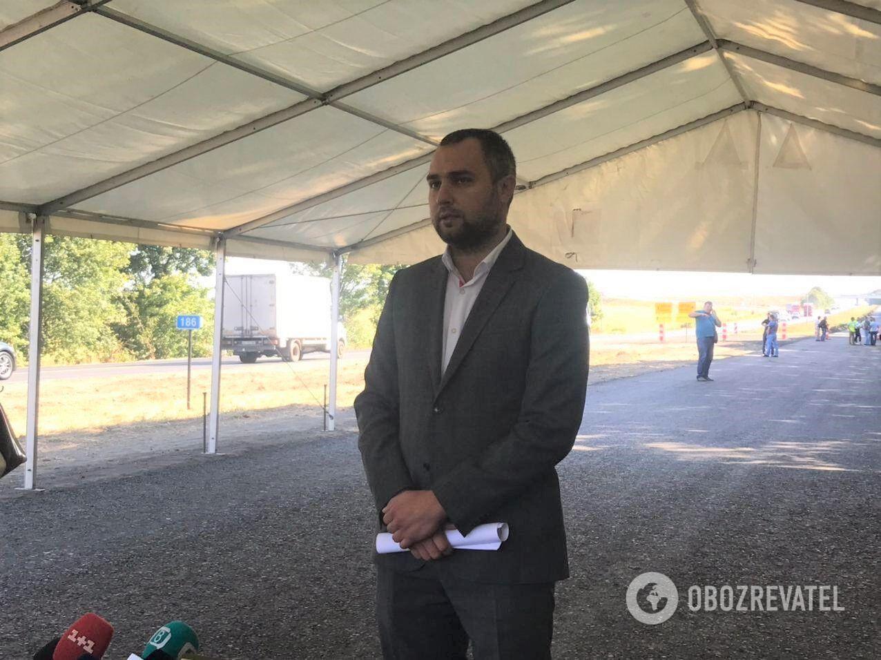 Начальник службы автодорог в Днепропетровской области Дмитрий Чумаченко рассказал о масштабных ремонтах
