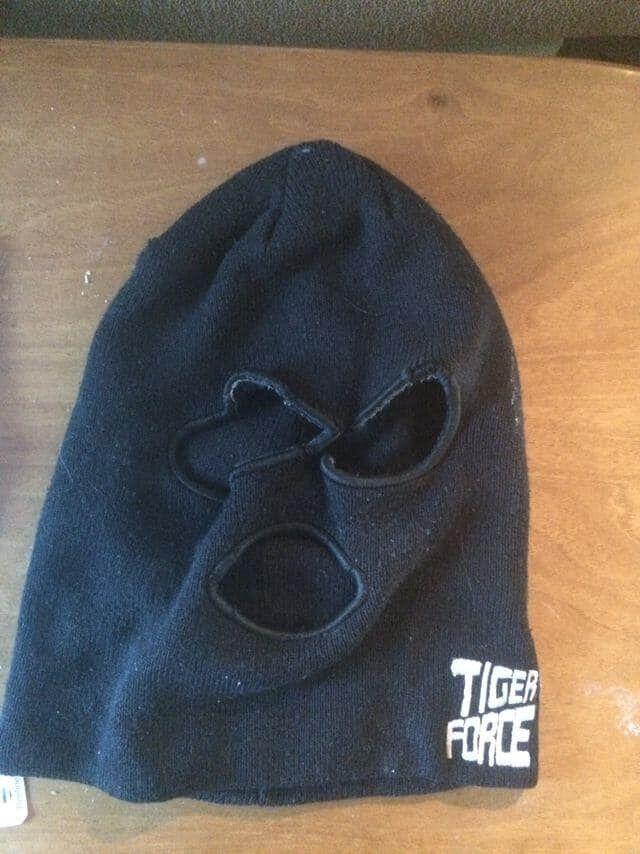 У підозрюваного знайшли маску для приховування обличчя