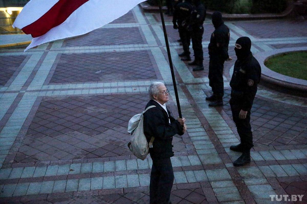 Нины Багинская принимала участие в митинге в Минске 26 августа